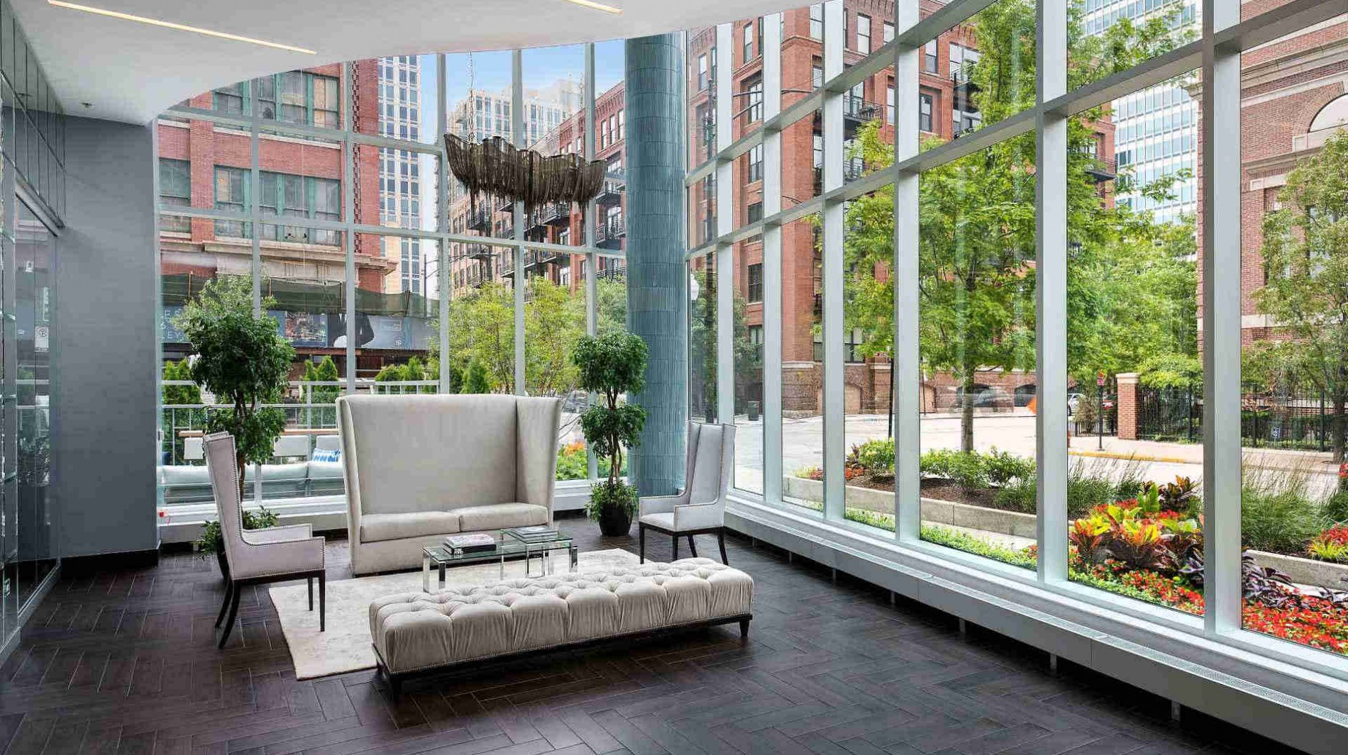 Spectacular views start the moment you enter Parc Huron through floor-to-ceiling glass windows.